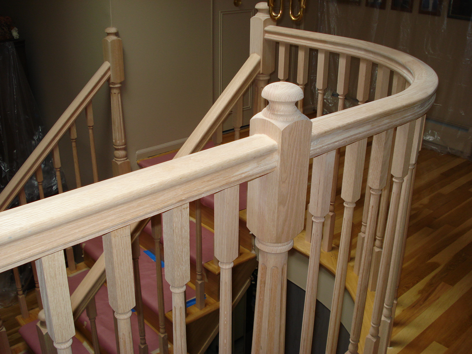 4045 Colonial Series Newel