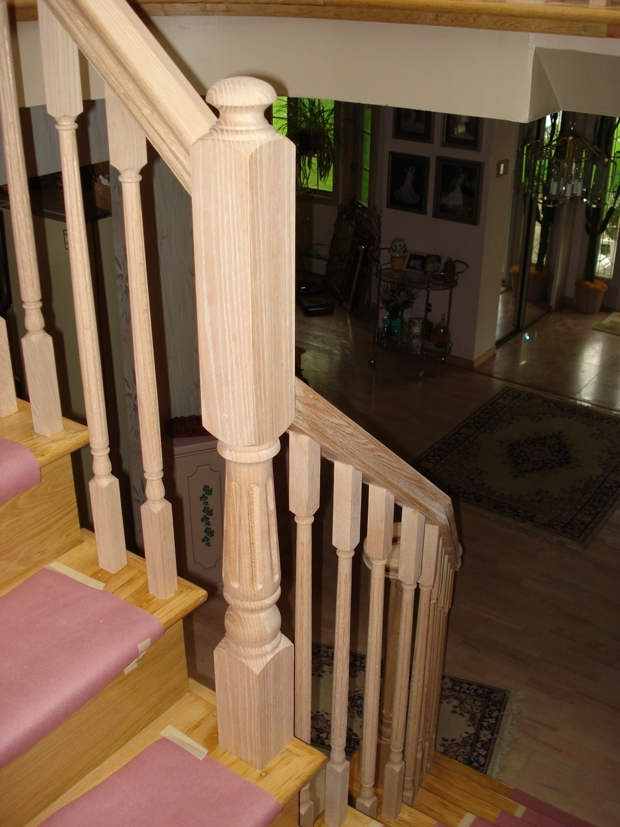 4046 Colonial Series Newel